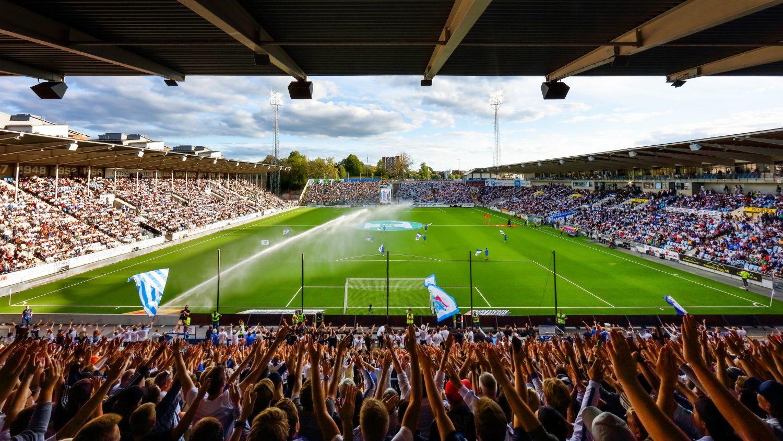 Från Curva Nordahl - Norrköpings supporterläktare under fotbollsmatchen i Allsvenskan mellan Norrköping och Hammarby den 13 augusti 2018 i Norrköping.