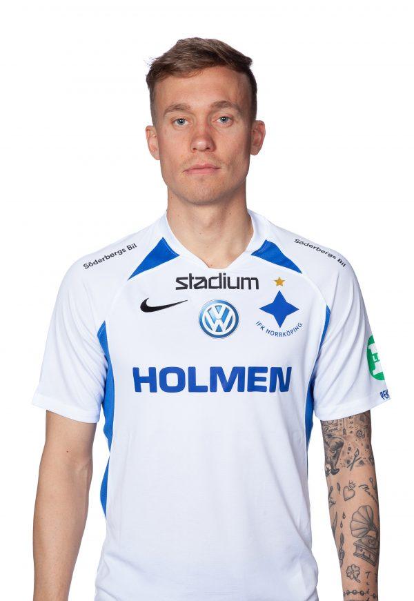 Gudmundur Thorarinsson #8, mittfältare